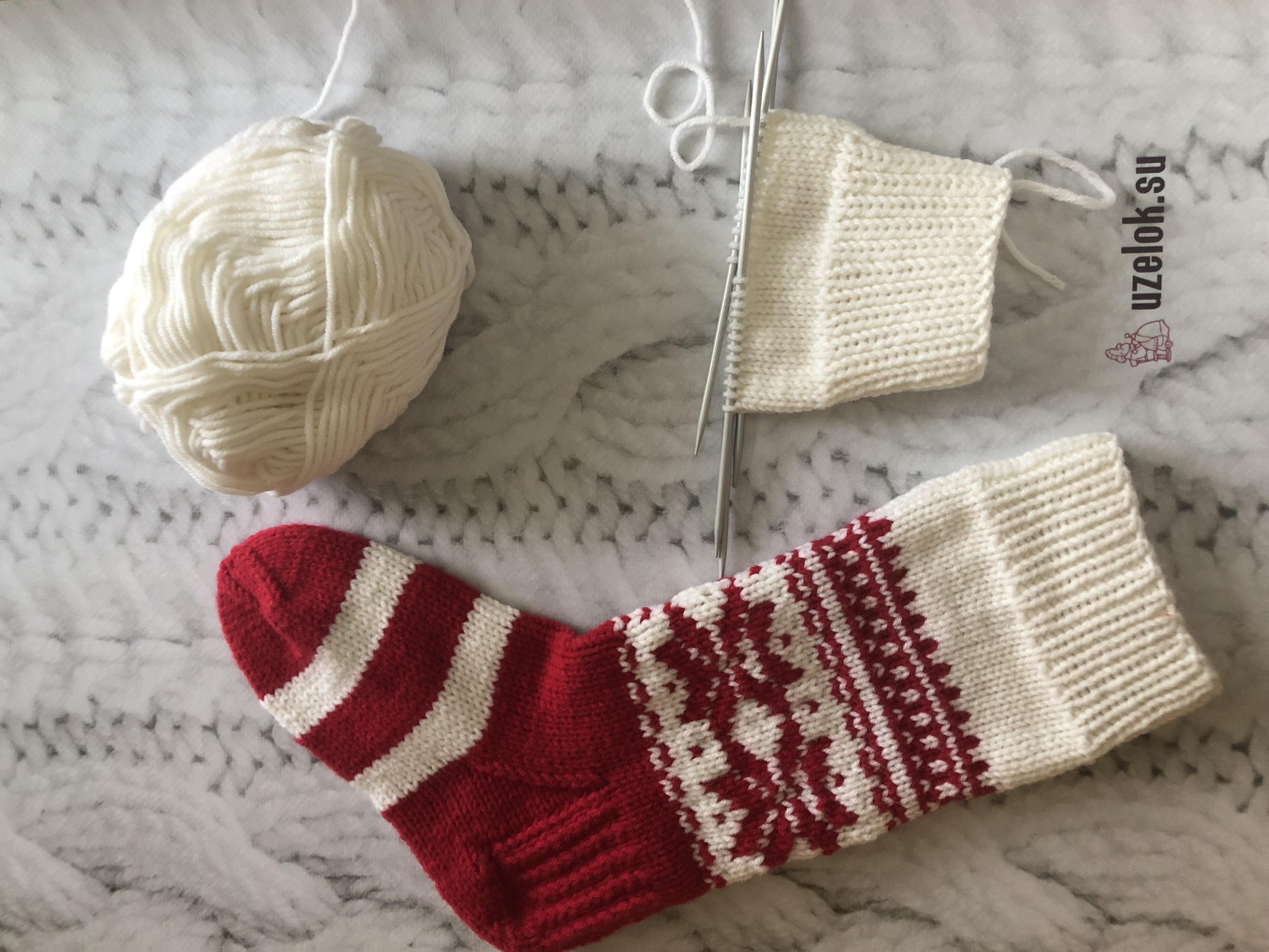 новогодние носки спицами схема жаккарда узор пошаговое описание с