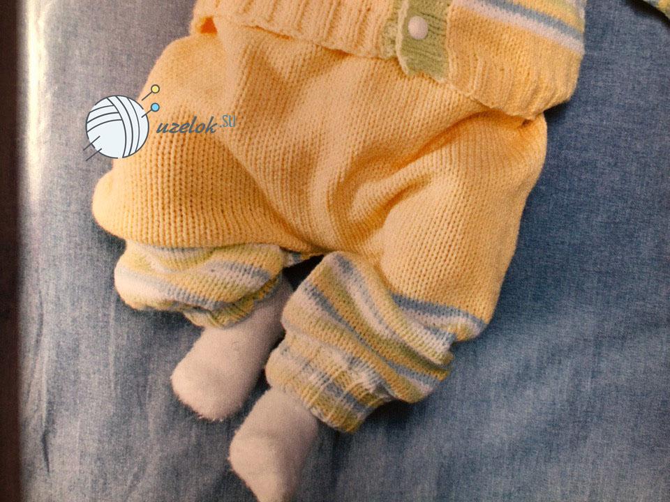 Комбинезон спицами для новорожденного