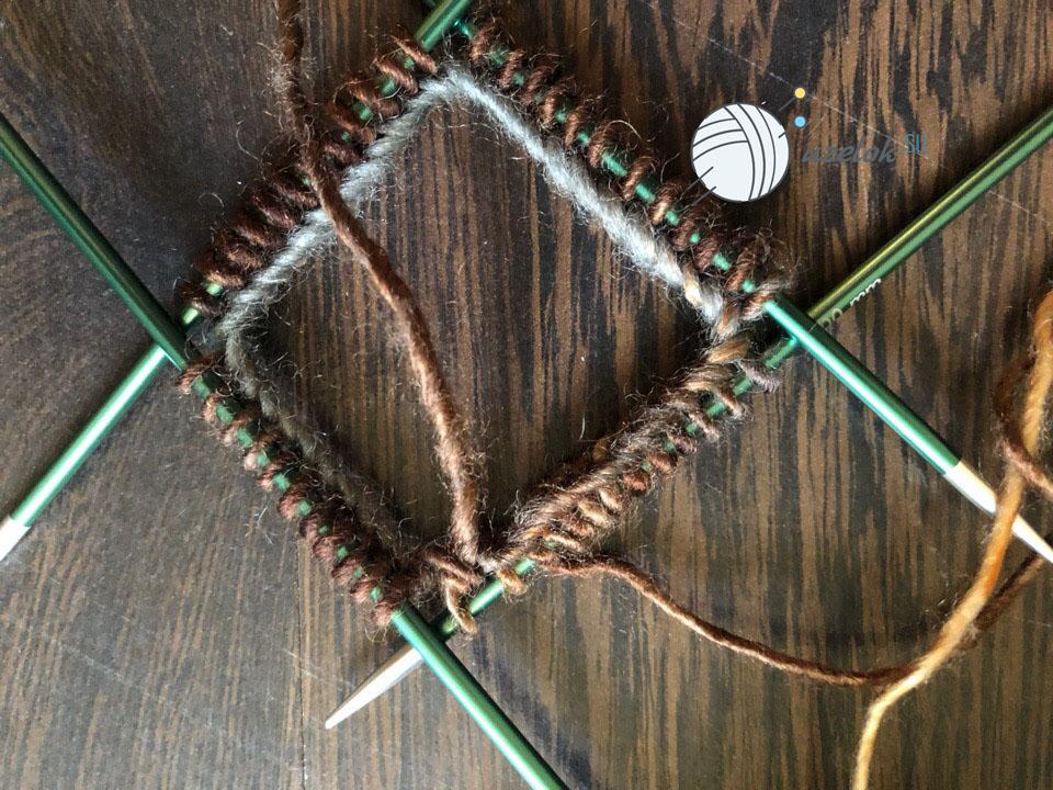 Носки спицами с узором