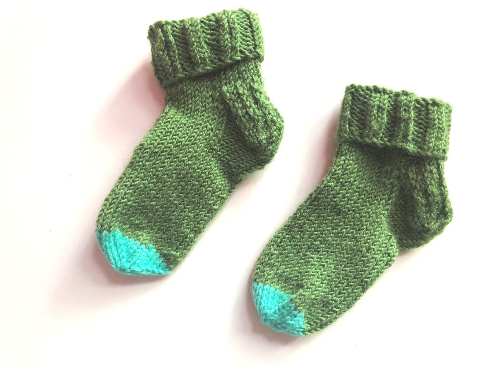 Носки для малышей спицами