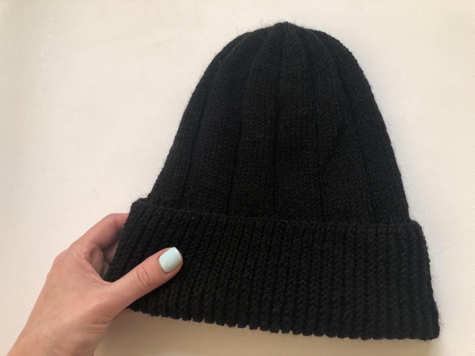 IMG_7391 Простая мужская шапка спицами, схема мужской шапки спицами, пошаговое описание с фото. Мужская шапка спицами для начинающих