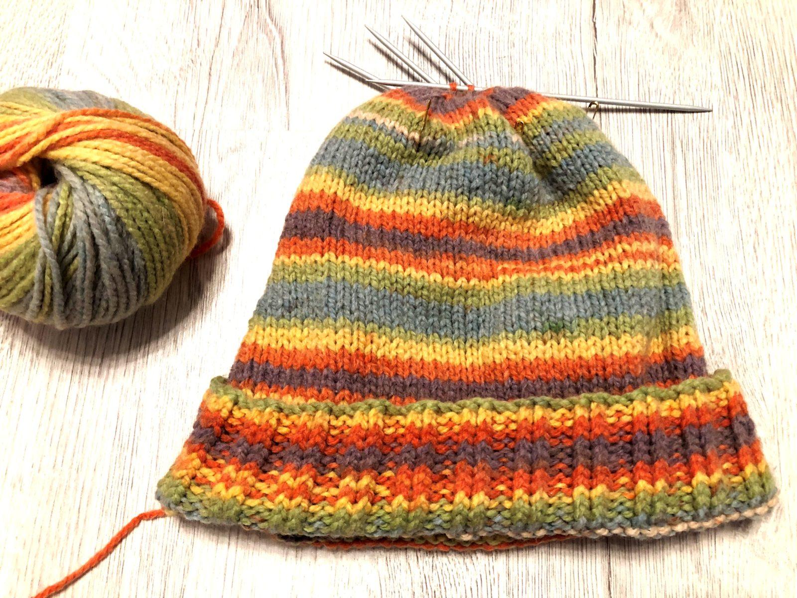 Растаманская шапка спицами