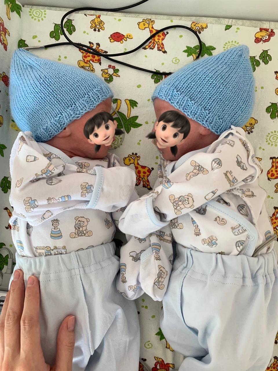 Шапочка для новорожденного спицами для начинающих