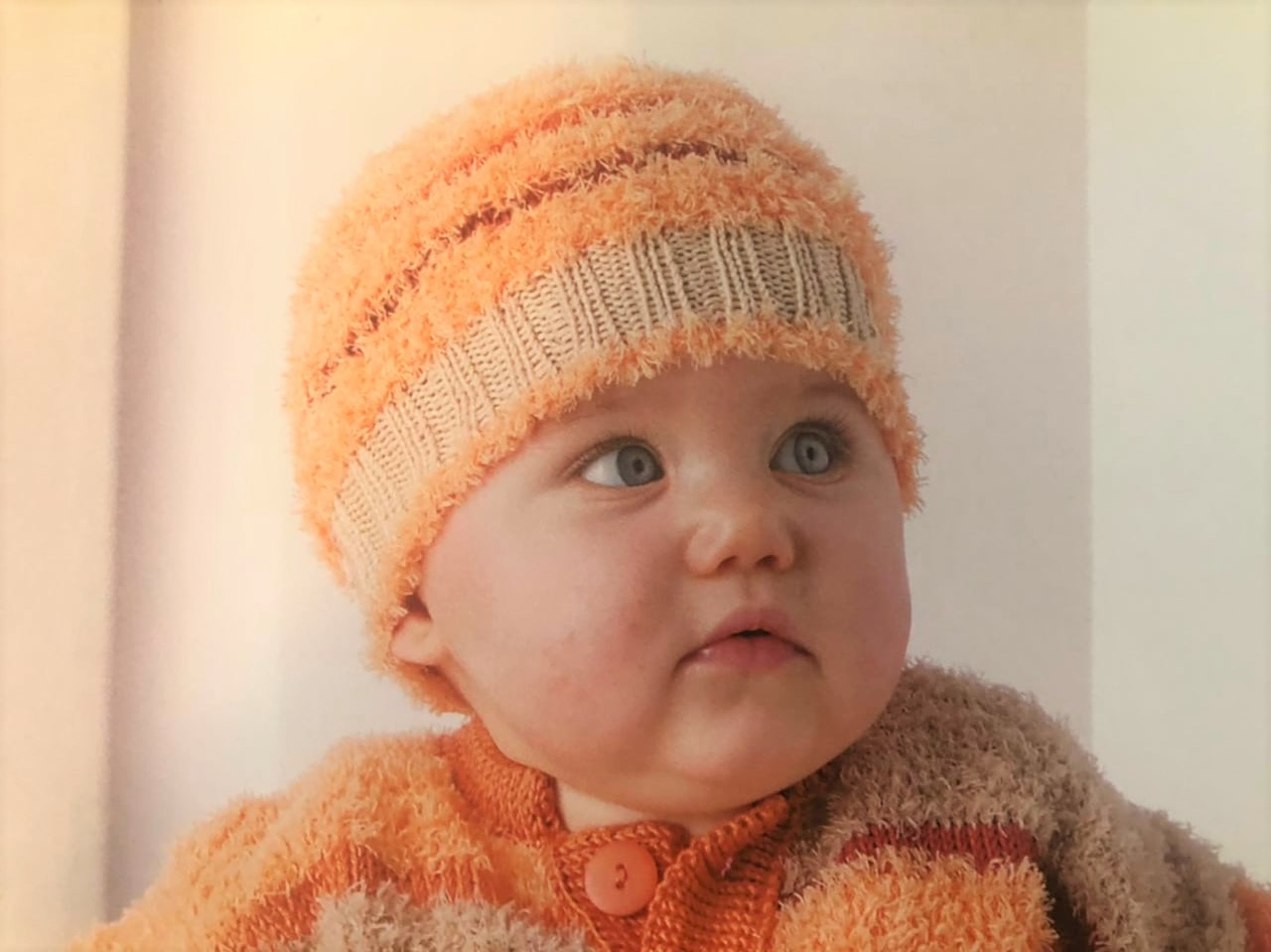 схема вязания свитера спицами до года