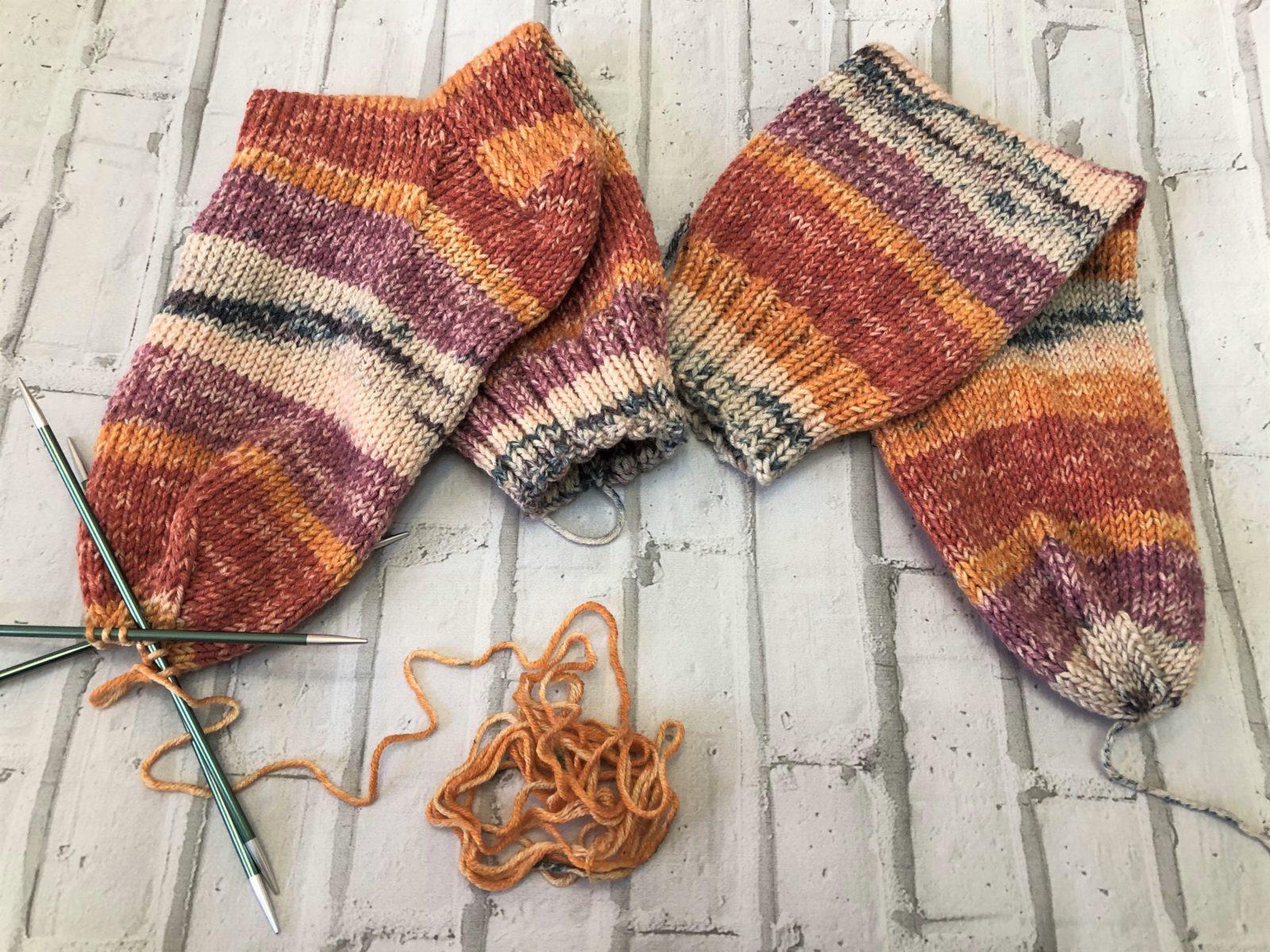 Носки из пряжи naco