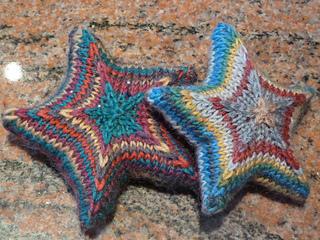 Вязание звезды из секционной пряжи спицами