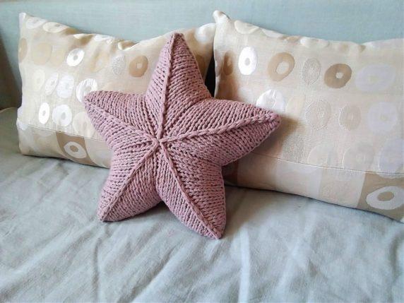 Звезда Звезда из ленточной пряжи