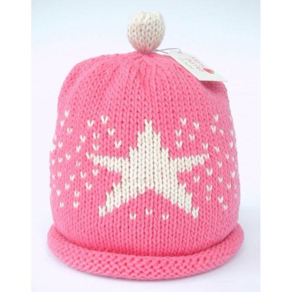 Вязаная шапка со звездой