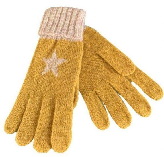 Вязаная звезда на перчатках